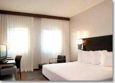 Hotels.ru - самостоятельное бронирование отелей