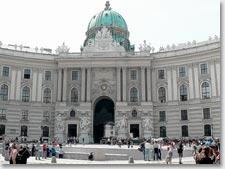 Императорский дворец Хофбург