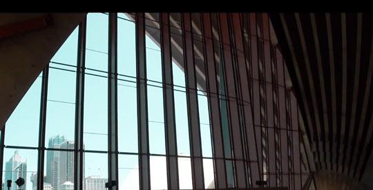 В Опере есть множество других менее значимых залов и студий