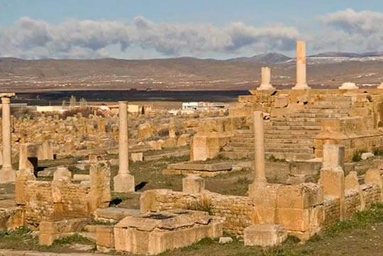 Тимгад, руины