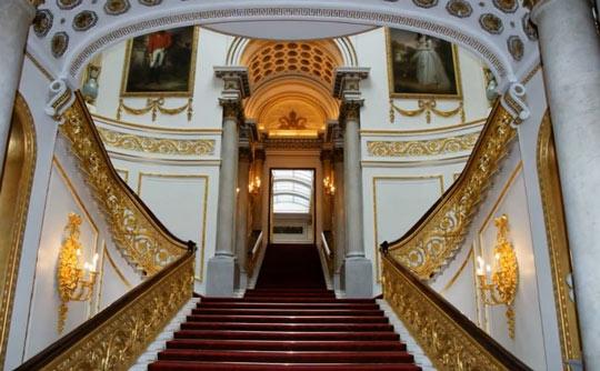 Букингемский дворец внутри 1