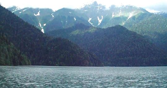 Озеро Рица 10