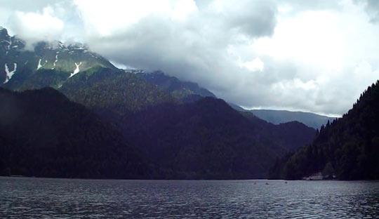Озеро Рица 11