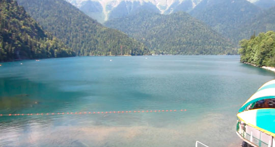 Озеро Рица 12