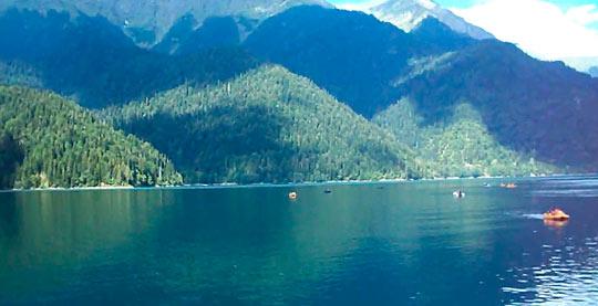 Озеро Рица 4