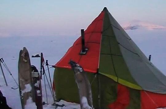 В стоимость похода включены питание, транспорт и палатки