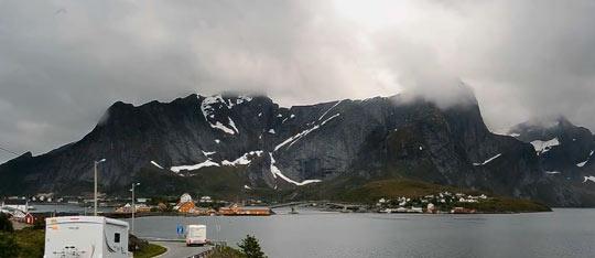Первые поселения на острове были основаны норвежцами
