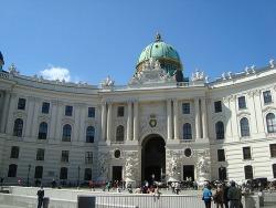Впечатления о знаменитом замке королевского двора — Хофбурге