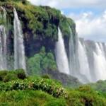 Знаменитые водопады Игуасу