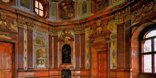 Интерьер дворца Бельведер