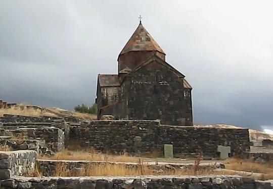 Еще один монастырь возле озера