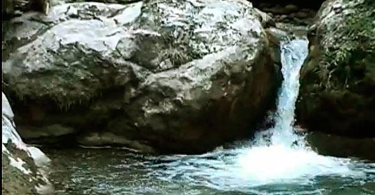 Водопад в Жоэкварском ущелье