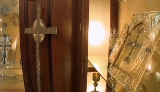 В соборе хранятся различные святыни