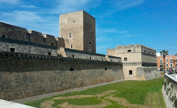 1-Замок-Бари