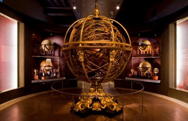 16Музей-науки-и-истории-Галилео