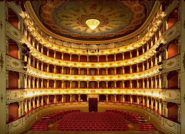 1-Театр-Россини
