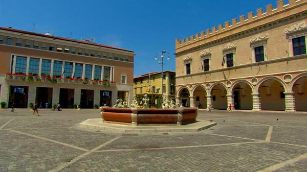 8-Piazza-del-Popolo