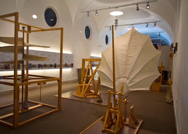 1-Музей-науки-и-техники-Леонардо-Да-Винчи