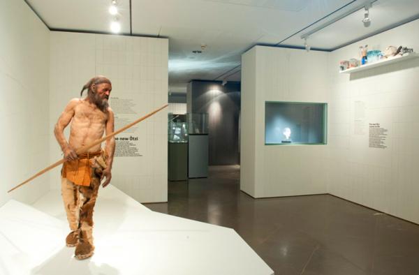 2-Южнотирольский--археологический-музей