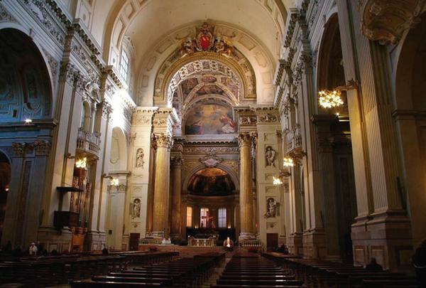 7-Собор-Святого-Пьетро