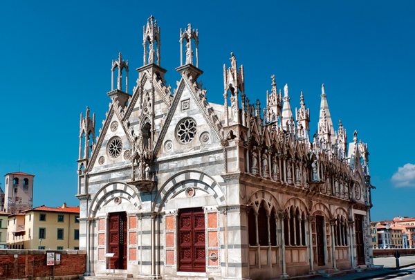 9-Церковь-Santa-Maria-della-Spina