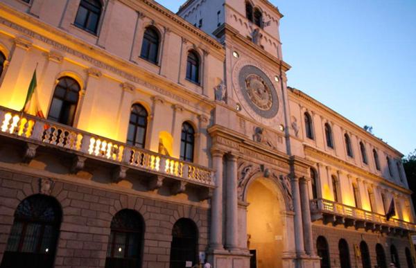 28--Дворец-Ливиано