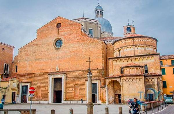 29-Баптистерий-Кафедрального-собора