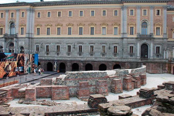 32-Римский-театр