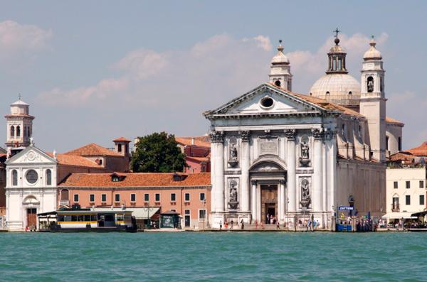 33-Церковь-Санта-Мария-дель-Розарио