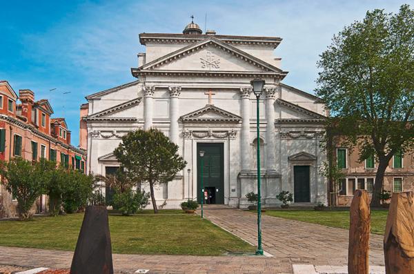 39-Базилика-Сан-Пьетро-ди-Кастелло