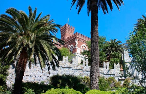 8-Замок-Альбертис
