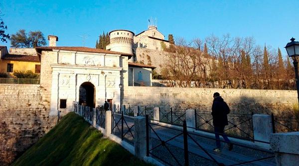 1-Замок-Брешии