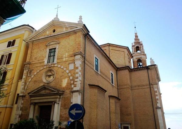 21-Церковь-Святого-Причастия