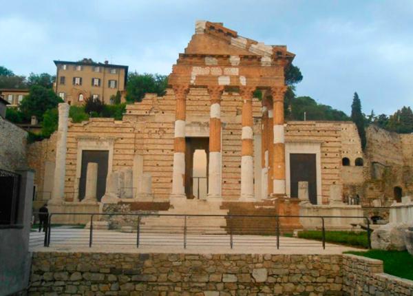 33-Руины-Римского-театра